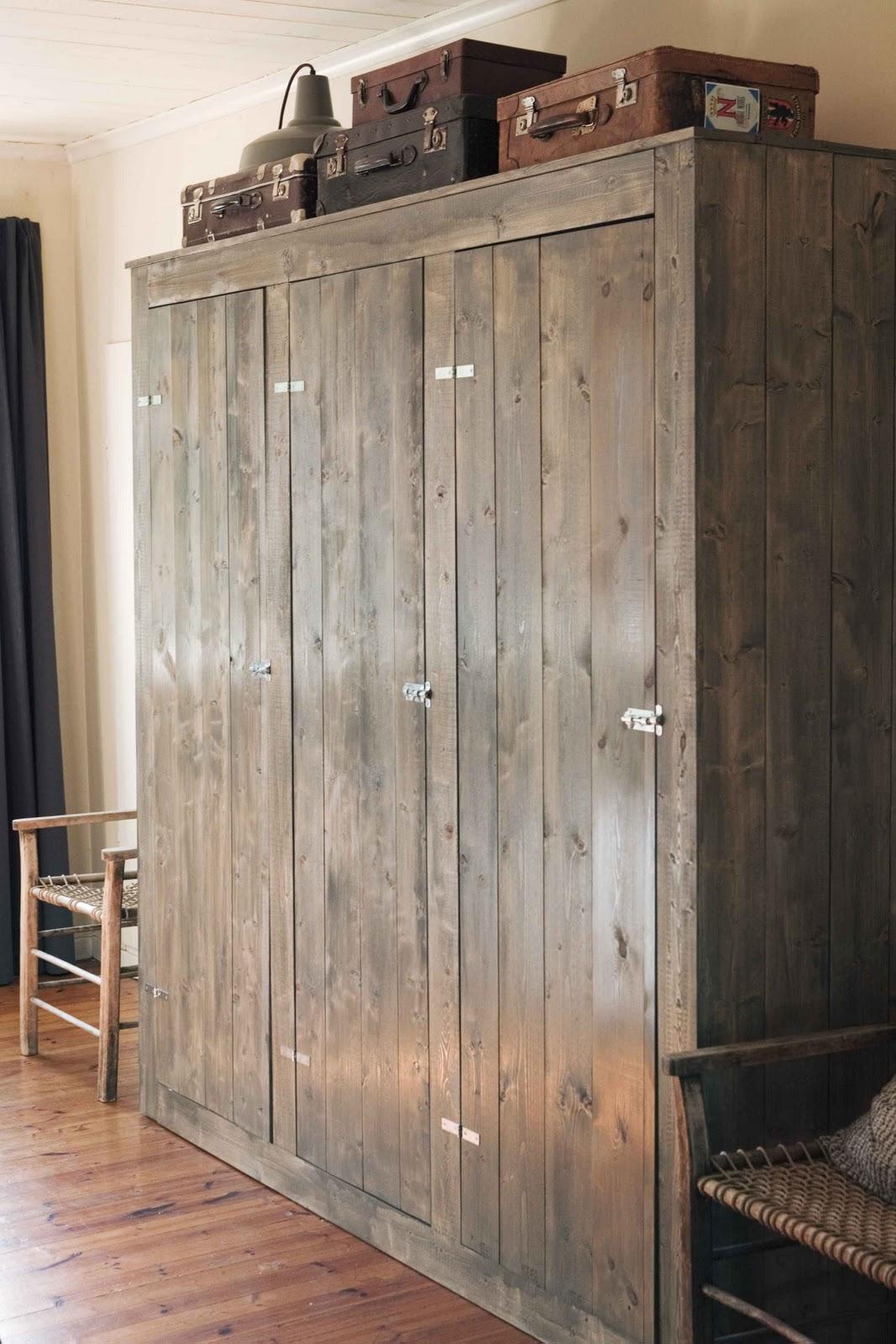 Homemade Closet Wardrobe ~ So mee cool closet