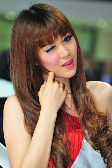 foto model cantik Auto show China 2012-7.jpg