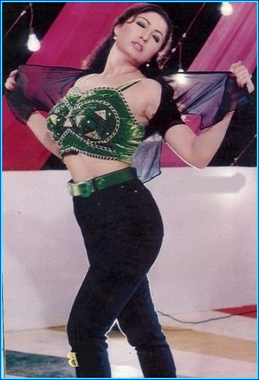 Saima Noor hot