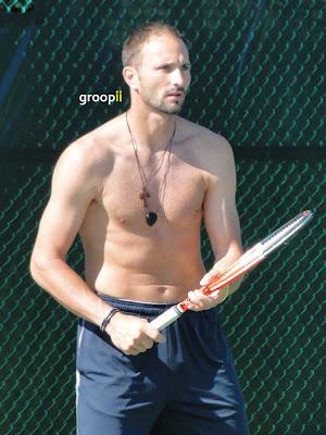 Dusan Vemic Shirtless at Cincinnati Open 2011