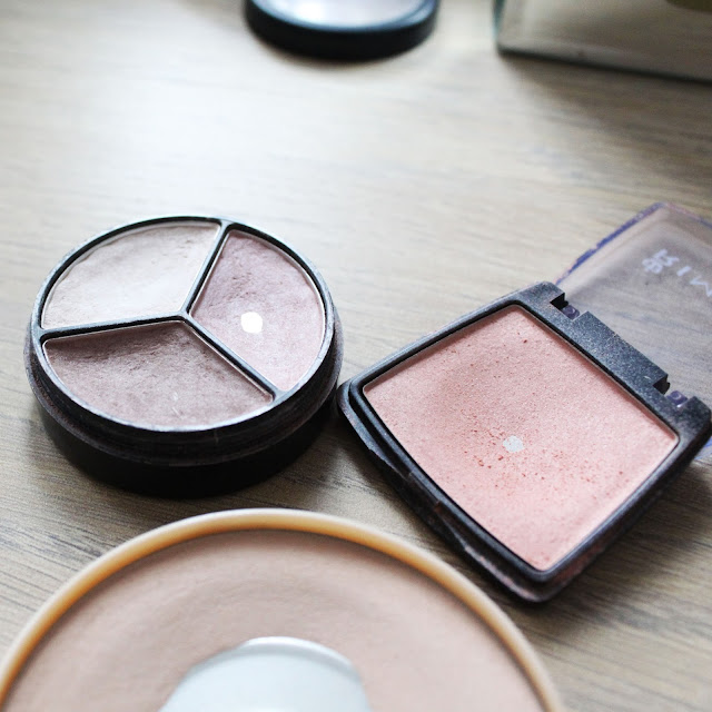 rimmel blusher review, rimmel foundation powder review, 17 cosmetics review,