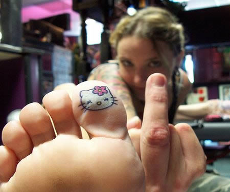 Hello-Kitty-tattoo-toe-version.jpg
