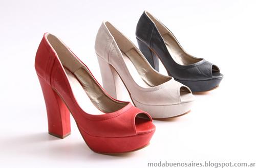 Zapatos marca Heyas. Moda Argentina 2013.