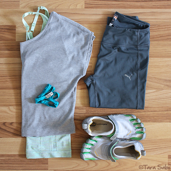 workout clothes, fitfashion, dishthefit, fitnfashionable, fitness clothes, puma, vibram five fingers, climawear, momentum jewelry