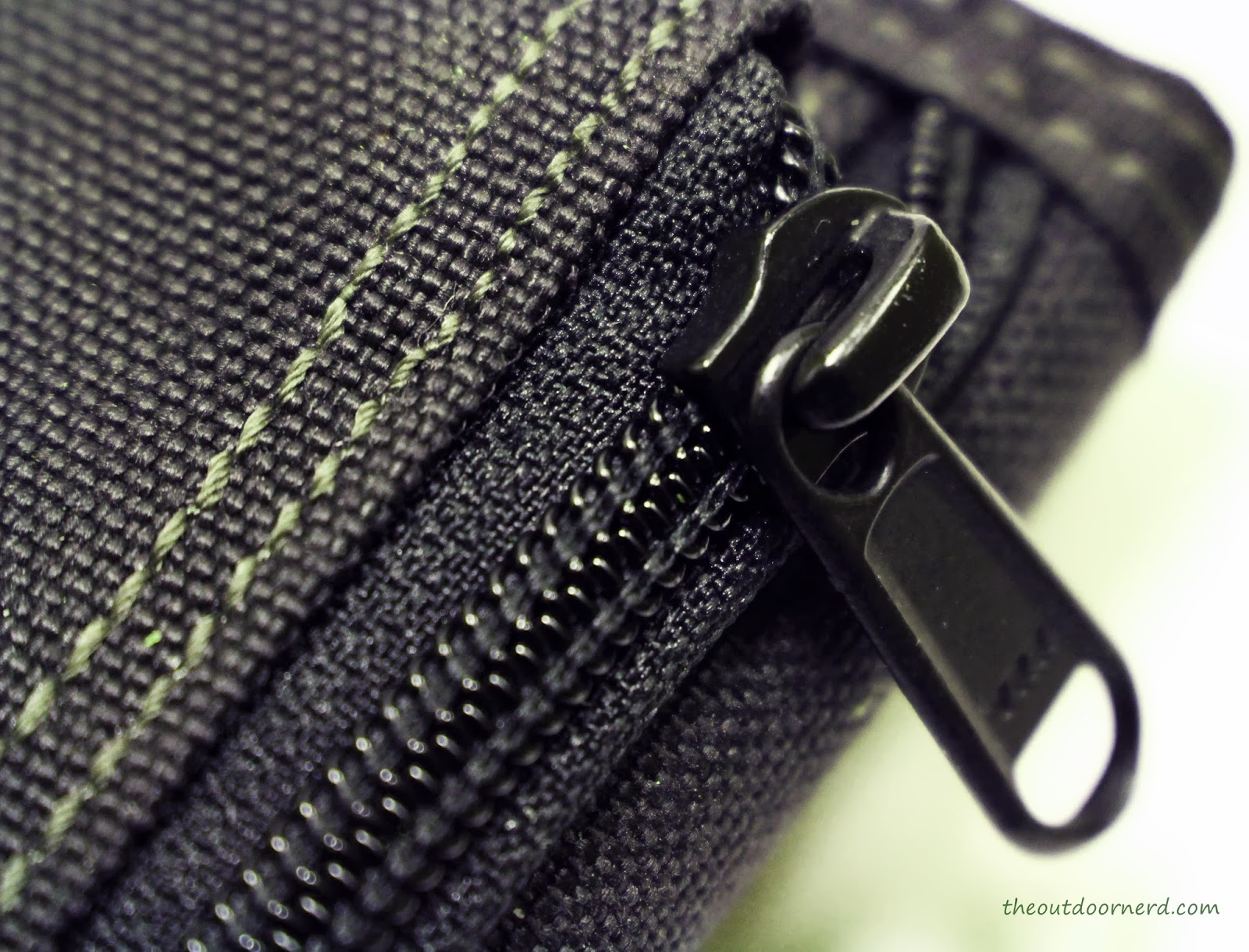 Maxpedition C.M.C Wallet - Closeup Of Coin Purse Zipper