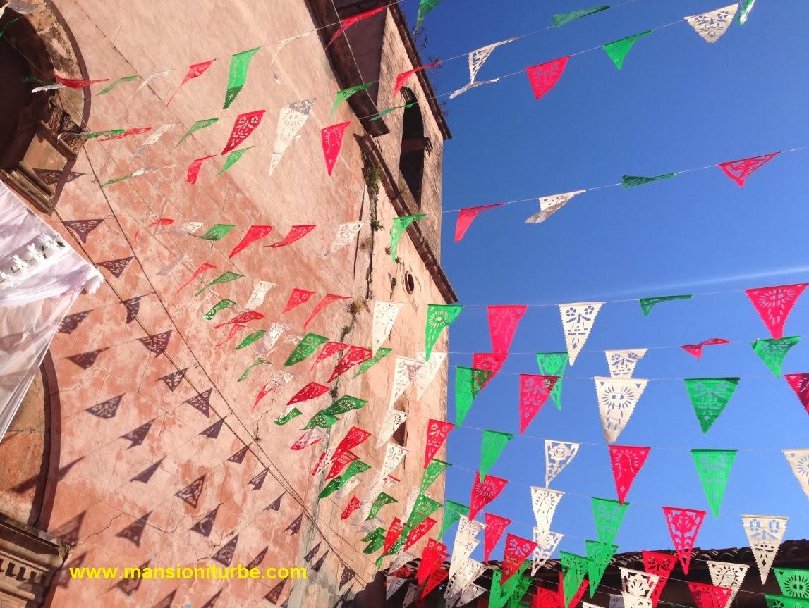 Pueblos Tipicos de Mexico: Tocuaro