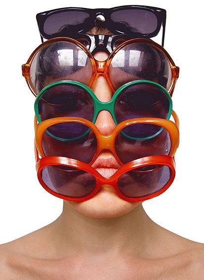 Barbora Bálková fotografia surreal máscaras Óculos de sol
