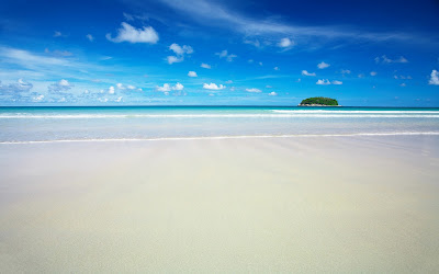 Amazing beach wallpapers and white sand