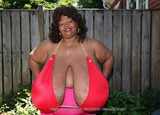 senos más grandes y pesados