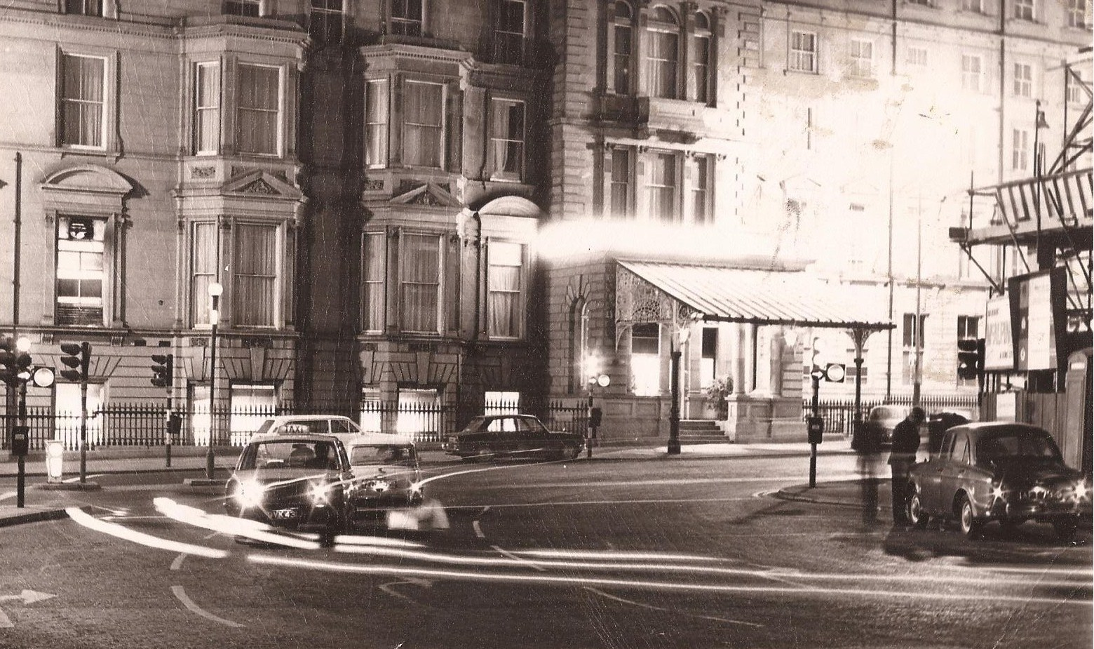 My tyneside pubs newcastle at night in 1970 80s for Classic house 80s
