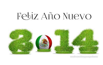 Mensaje de Año Nuevo 2014 con bandera de México y pelota de fútbol soccer