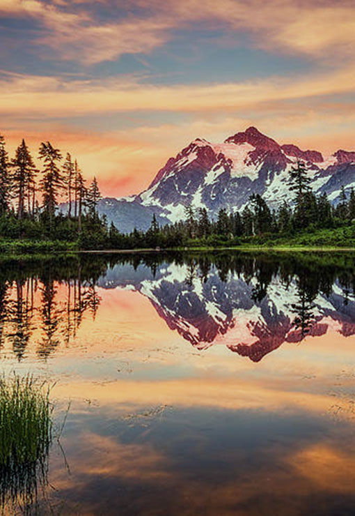 Mount shuksan lake