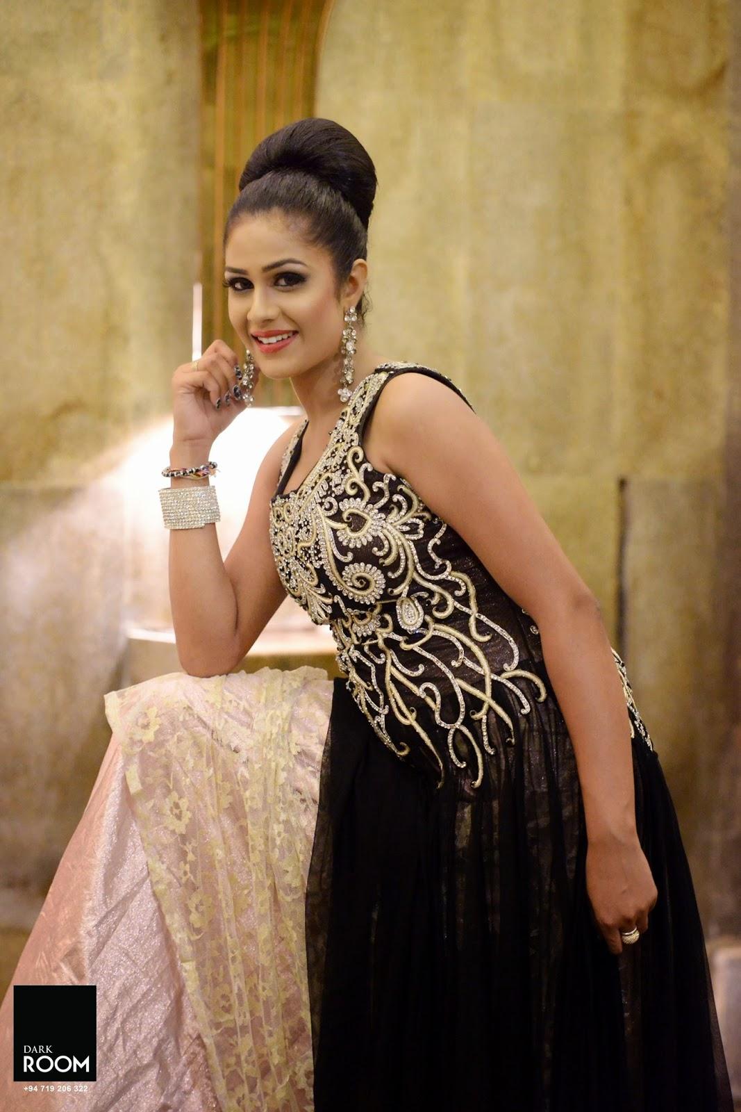 Maheshi Madusanka black