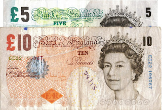 UK banknotes £10 and £5