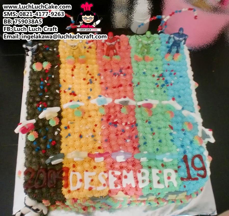 kue tart rainbow