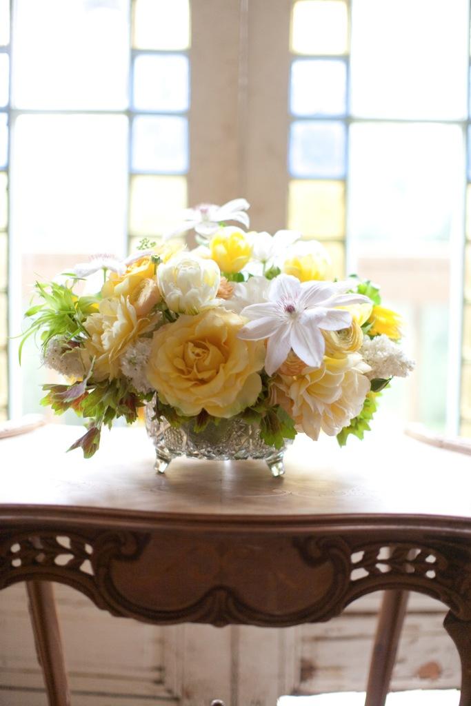 Oak The Owl Lemon Yellow Wedding Flowers