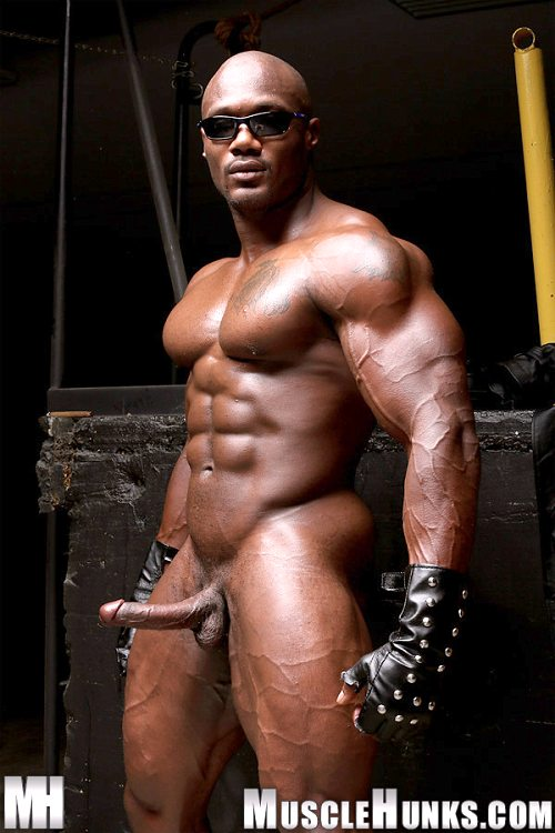 Black Muscle Nude 60