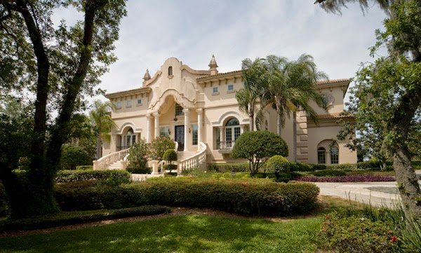 Arquitectura de casas mansi n estilo barroco italiano en - Casas de estilo italiano ...