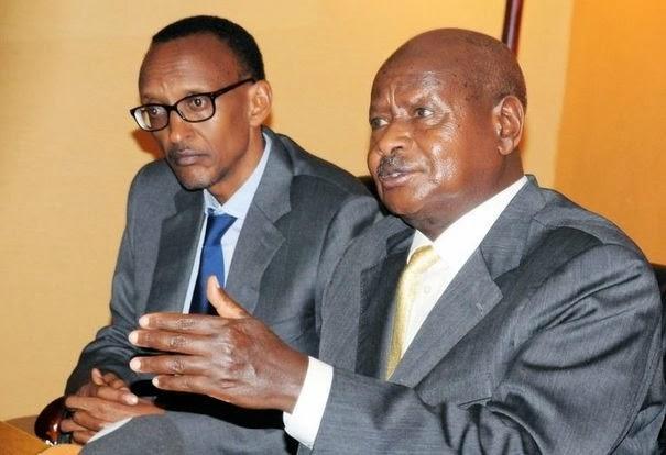 http://4.bp.blogspot.com/-a0UG4LjqZgw/UpTonPbMf5I/AAAAAAAAPxI/mAu2VHDALWg/s1600/rwandais-paul-kagame-g-et-ougandais-yoweri-museveni-le-21-novembre-2012-a-kampala.jpg