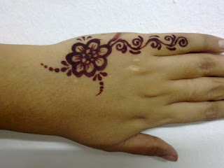 inai pengantin (ukiran henna) dan make up: ukiran inai simple
