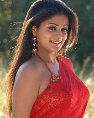 Priyamani Latest Hot Saree Photos