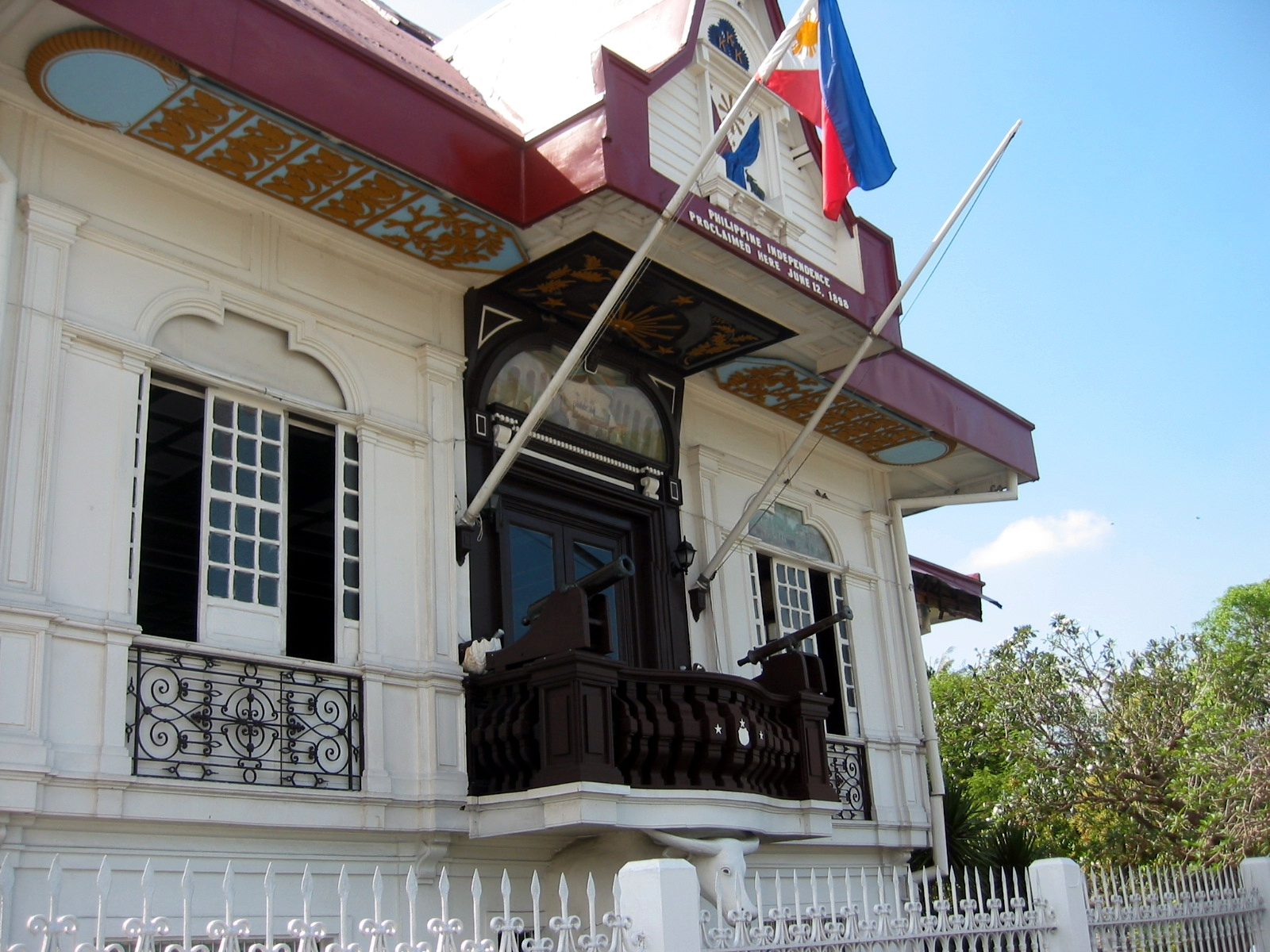 aguinaldo shrine At the far end of the family wing of the aguinaldo shrine in kawit, cavite, philippines, is an azotea that gen emilio f aguinaldo fondly referred to as balcony of sinners.