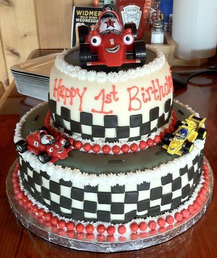 ... kimboscakes.co.uk/childrens-cakes/roary-the-racing-car-birthday-cake