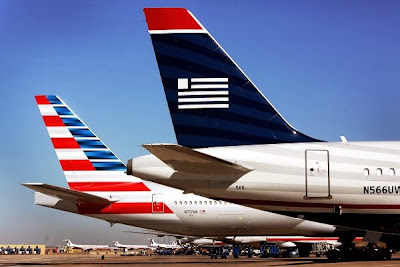 American Airlines dan US Airways. ZonaAero