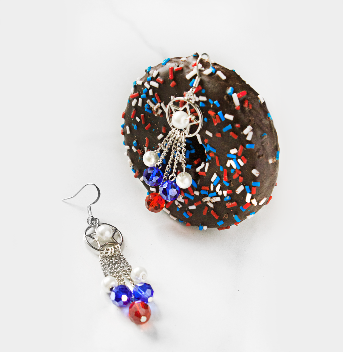 beaded earrings tutorial by Allison Beth Cooling using Cousin Corporation beads