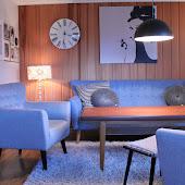 Hjemme i stuen