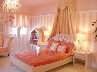 peach bed room