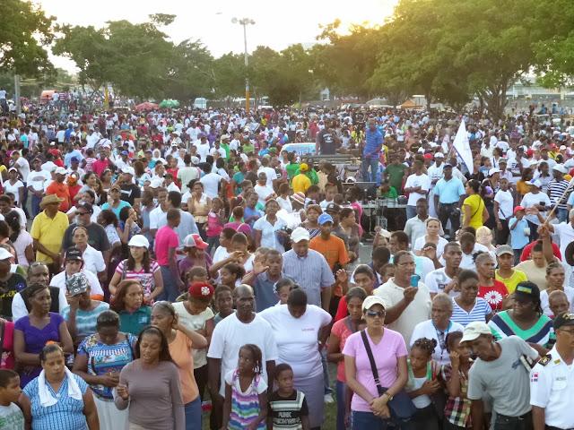 Miles de evangélicos marcharon en SPM con motivo al dia de la Biblia