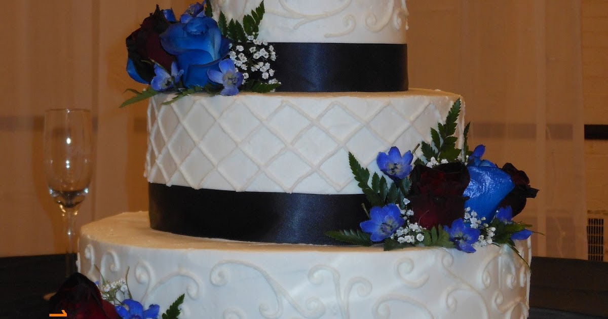it 39 s a piece of cake burgundy and blue wedding cake. Black Bedroom Furniture Sets. Home Design Ideas