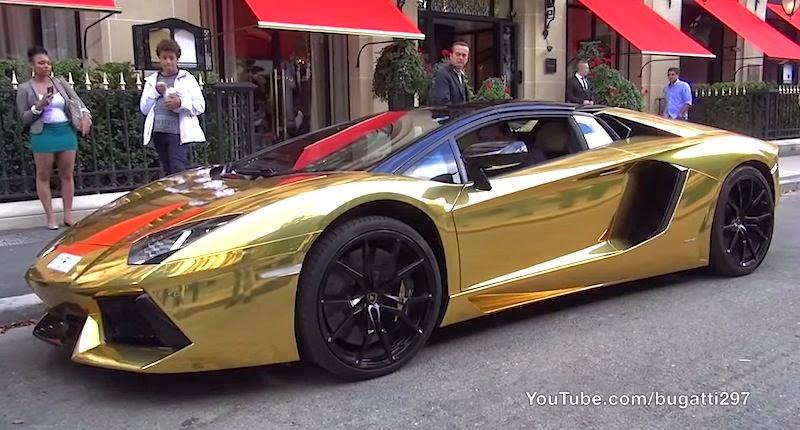【動画】パリにゴールドのランボルギーニ・アヴェンタドールが現れる!