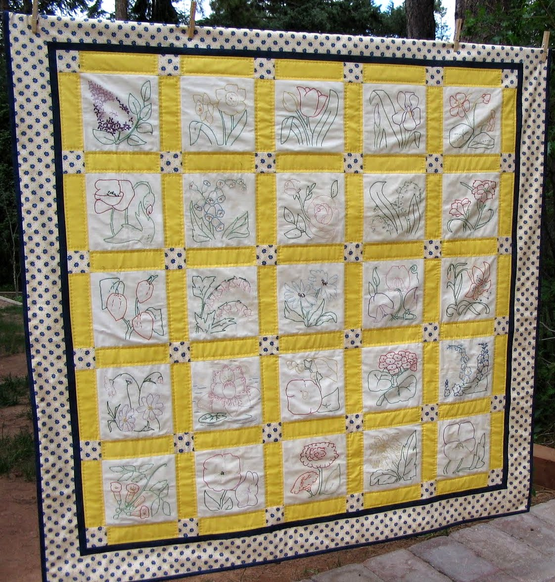 Quilt Patterns For Mother S Day : Starwood Quilter: A Ruby McKim Pattern - My Mother s Flower Garden Quilt