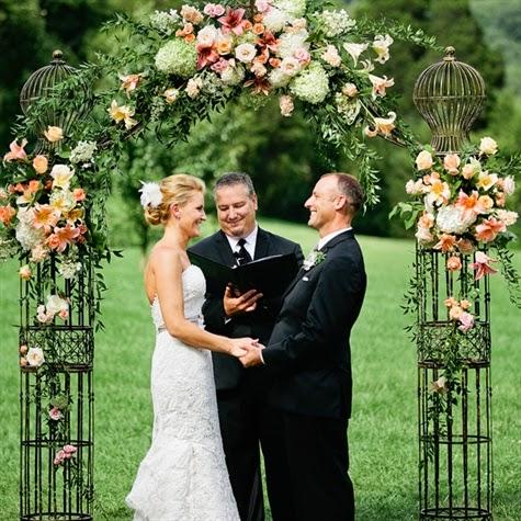 pon un arco de flores en la decoracin de tu boda blog de bodas bodas con detalle