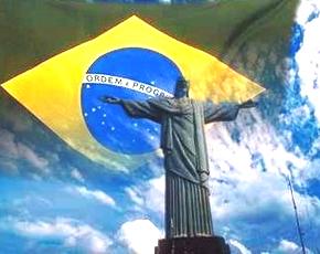 Convocatoria Brasil . Estatua-y-bandera-de-brasil