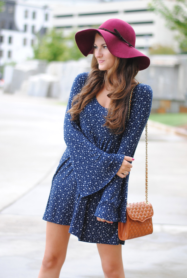 I love the bell sleeves on this dress!