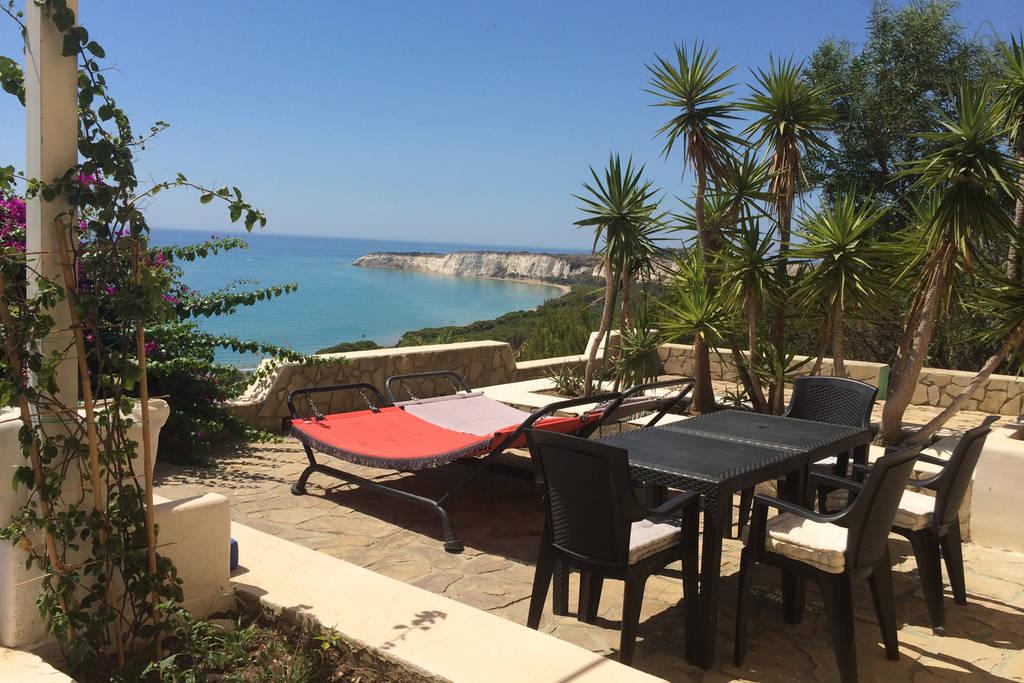 Case vacanza salina appartamenti vacanze vicino al mare for Appartamenti in affitto a barcellona vicino al mare