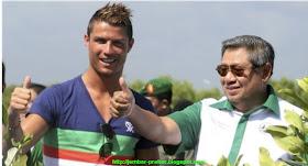 Christiano Ronaldo Tanam Mangrove Bersama Presiden SBY