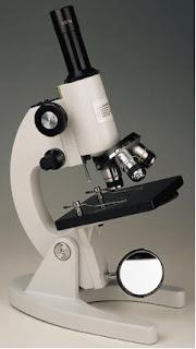 Asal Usul Sejarah Mikroskop dan Perkembangannya