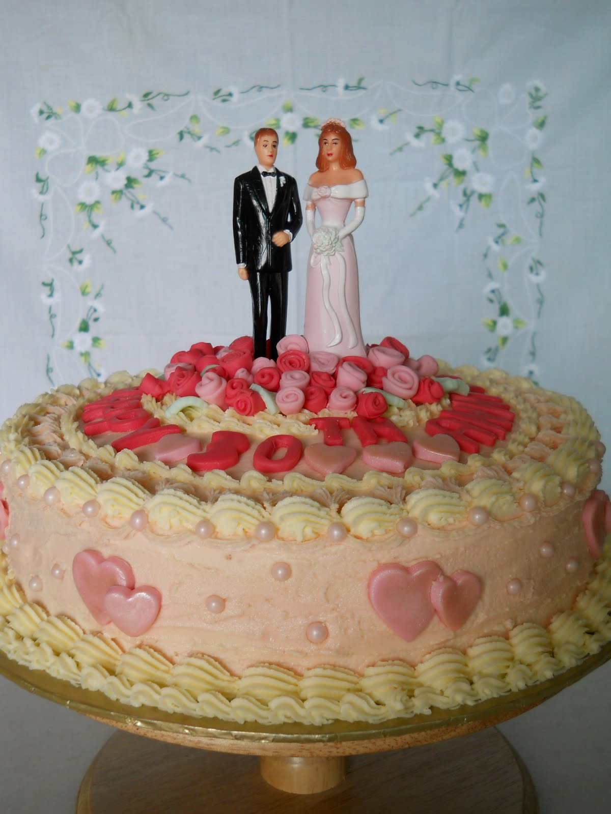 Best Anniversary Cake Images : THE BEST CAKES IN TOWN: WEDDING ANNIVERSARY CAKE
