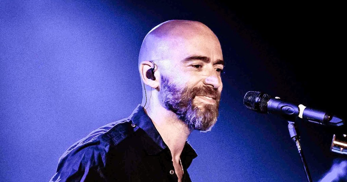 Ed Kowalczyk Plays Vinyl At Hard Rock Hotel