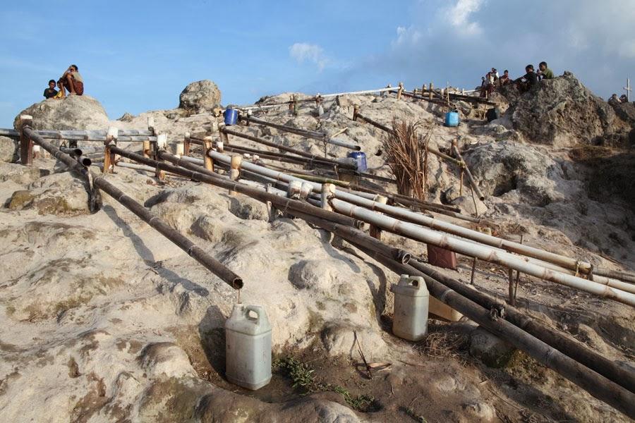 Pemanfaatan untuk sumber air tawar | http://versesofuniverse.blogspot.co.id/