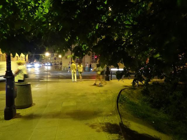 Skrzyżowanie ulicy Miodowej z Senatorską