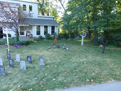 yard, tombstones, pumpkins, lights, led, holiday