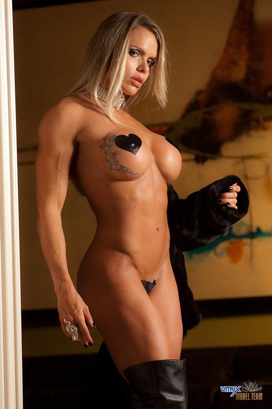 Very female muscle larissa reis nude