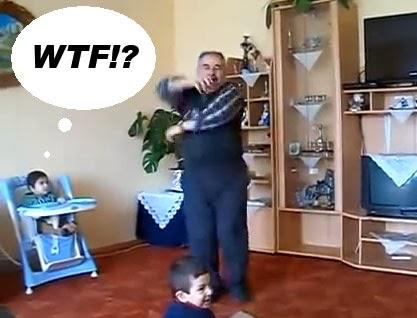 abuelo bailando techno y trance music