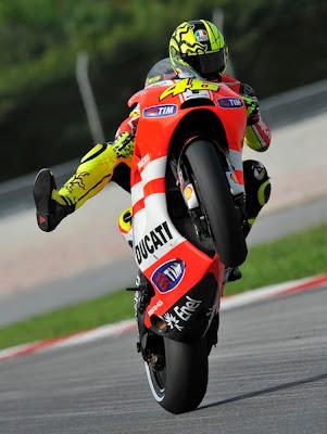 Posisi Valentino Rossi Digantikan Andrea Dovizioso