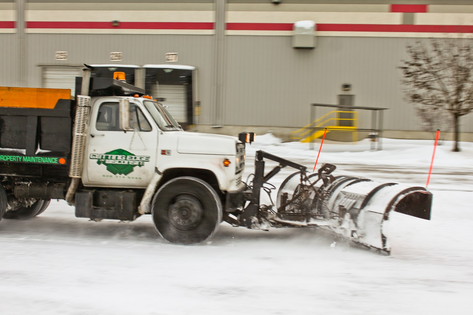 commercial shoot – cutting edge of wi snow plowing